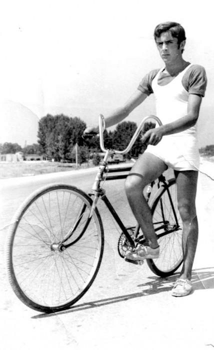 Φωτογραφίες με ποδηλάτες μιαςάλλης εποχής